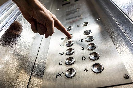 Decider de sortir de la cage...d'ascenseur